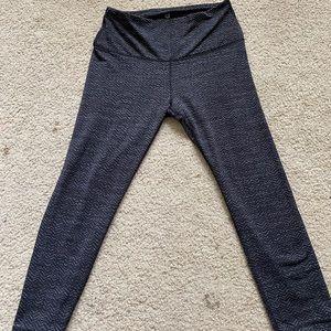 Dark Grey Capri leggings